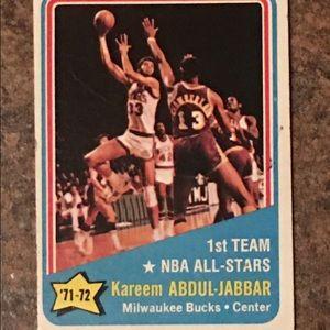Vintage 1968 Kareem Abdul-Jabbar Milwaukee Bucks